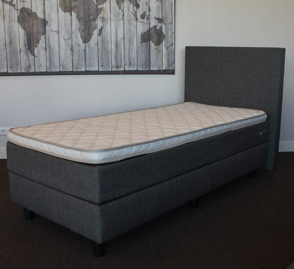 Boxspring bed compleet inclusief Topper